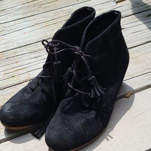 Dr. Scholl's wedge black booties